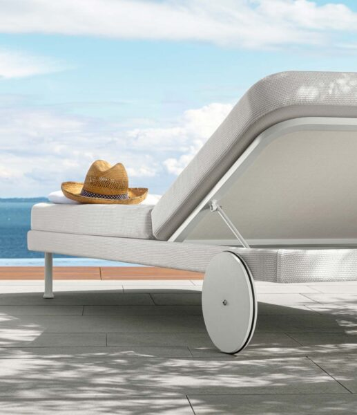 Slam Daybed 2